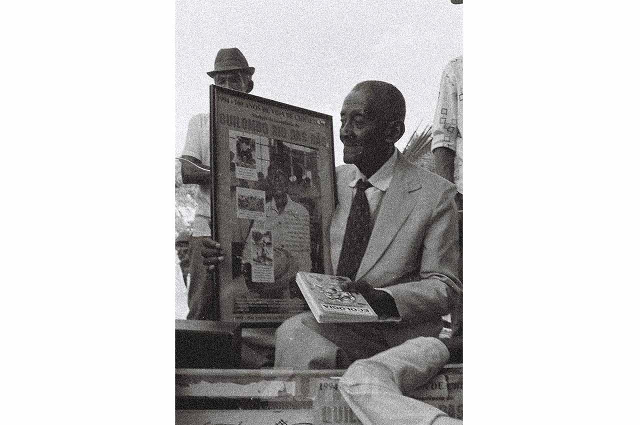 01-afro-fotografia-centenario-do-lider-quilobola-chico-thome-comunidade-rio-das-ras-bom-jesus-da-lapa-foto lazaro-roberto-ano-1994