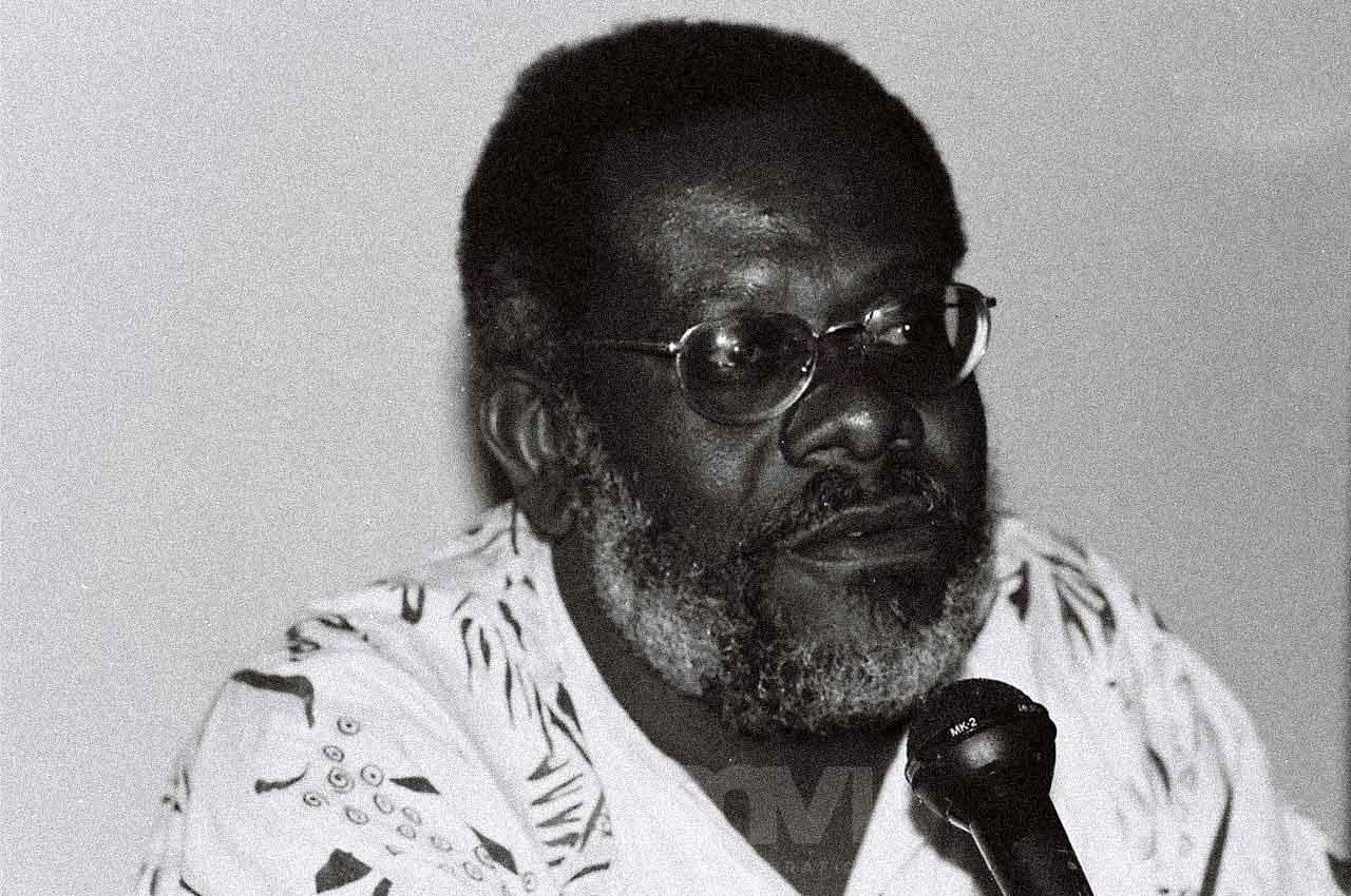 01-afro-fotografia-manoel-almeida-cruz-sociologo,-um-dos-fundadores-do-nucleo-cultural-afro-brasileiro-e-militante-fundador-do-mnu-faleceu em 2004
