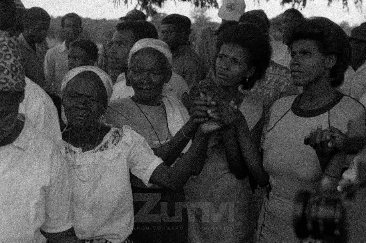 03-afro-fotografia-centenario-do-lider-quilobola-chico-thome-comunidade-rio-das-ras-bom-jesus-da-lapa-foto lazaro-roberto-ano-1994