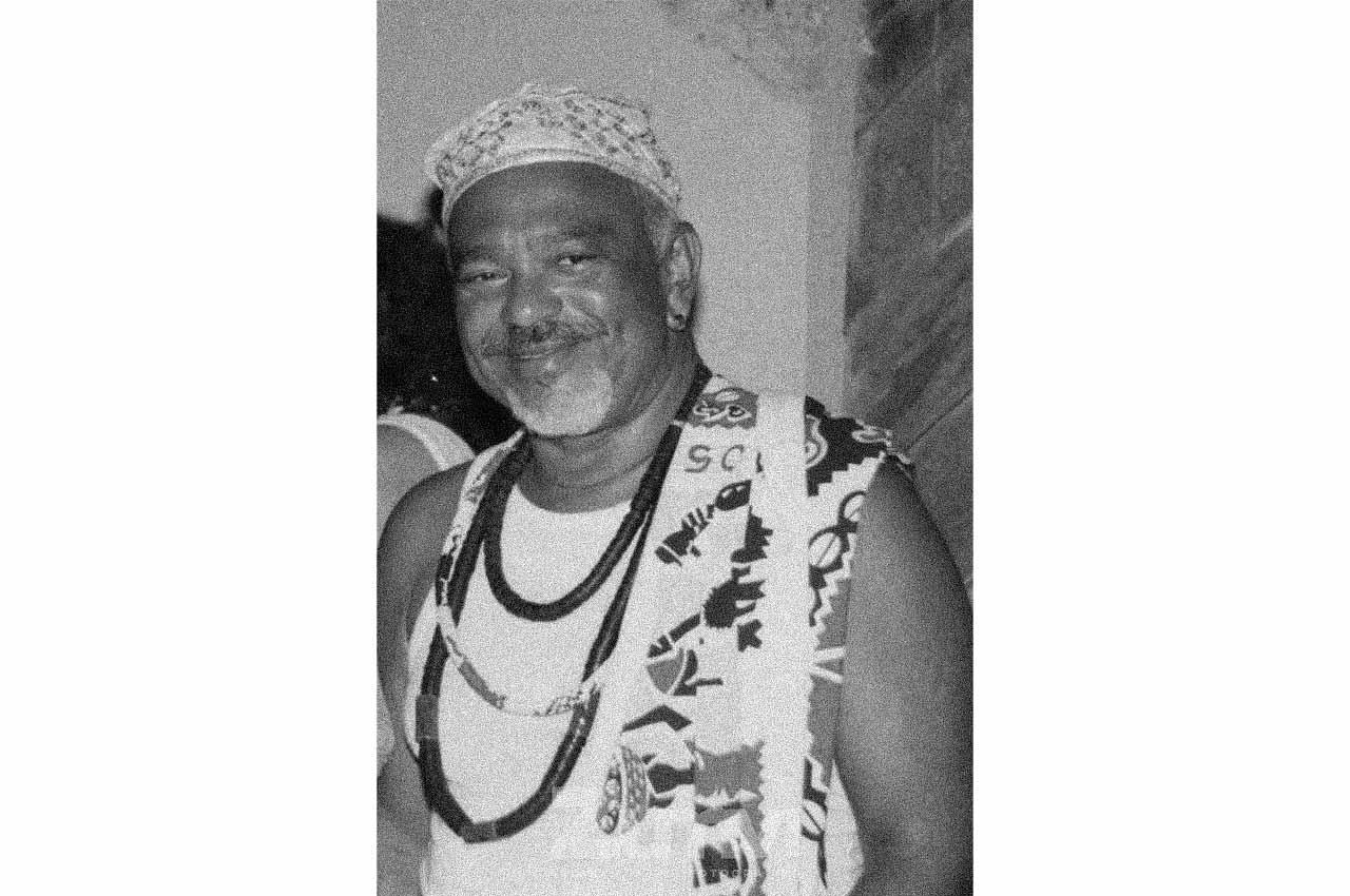 11-afro-fotografia-poeta-jose-carlos-limeiras-militante-fundador-do-mnu-faleceu-em-12-de-marco- 2016