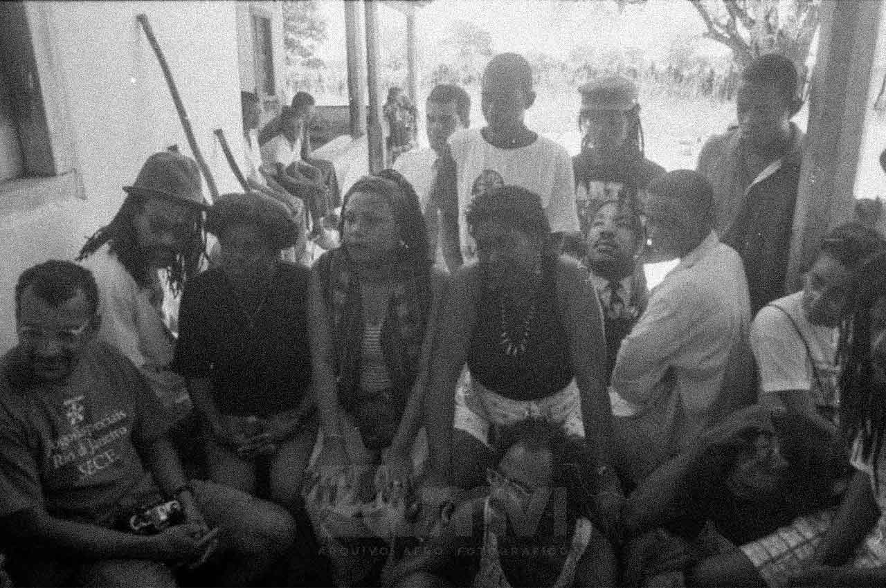 2616-afro-fotografia-rio-da-ras-comemoracao-pela-conquista-da-posse-da-terra-ano-1999-foto-lazaro-roberto